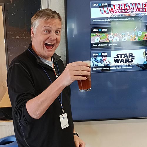 Gamezenter boss Christian tests the first official beer. Cheers!